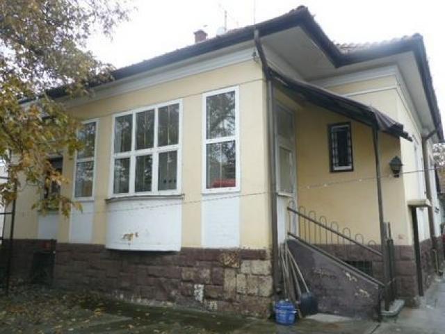 Kiadó Lakóingatlan, önálló iroda, önálló üdülő, 3526 MISKOLC, Belváros, Diósgyőri lakótelep, Tégla