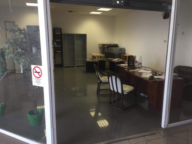 Eladó Lakóingatlan, önálló iroda, önálló üdülő, 8315 GYENESDIÁS, Tégla