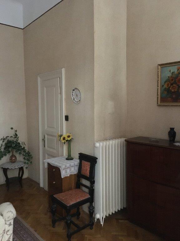 Eladó Lakóingatlan, önálló iroda, önálló üdülő, 1054 05. Ker. Budapest, Lipótváros, Tégla