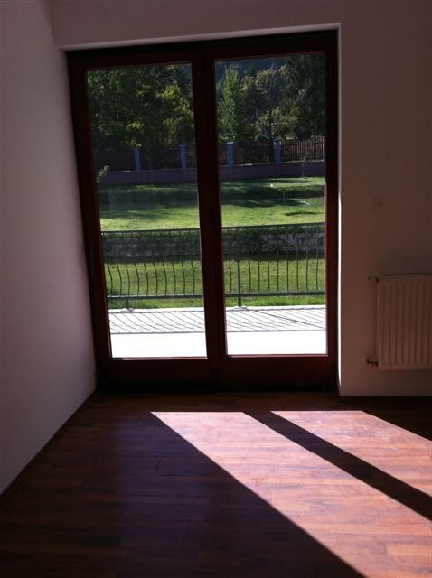 Eladó Lakóingatlan, önálló iroda, önálló üdülő, 1037 03. Ker. Budapest, Testvérhegy, Tégla