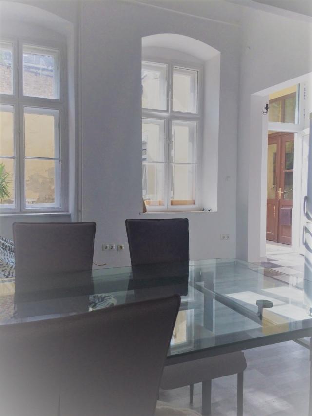 Eladó Lakóingatlan, önálló iroda, önálló üdülő, 1071 07. Ker. Budapest, Erzsébetváros, Tégla