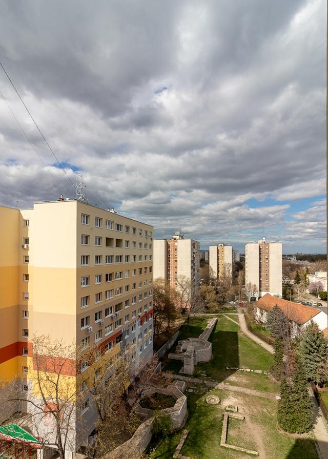 Eladó Lakóingatlan, önálló iroda, önálló üdülő, 1033 03. Ker. Budapest, Óbuda, Panel