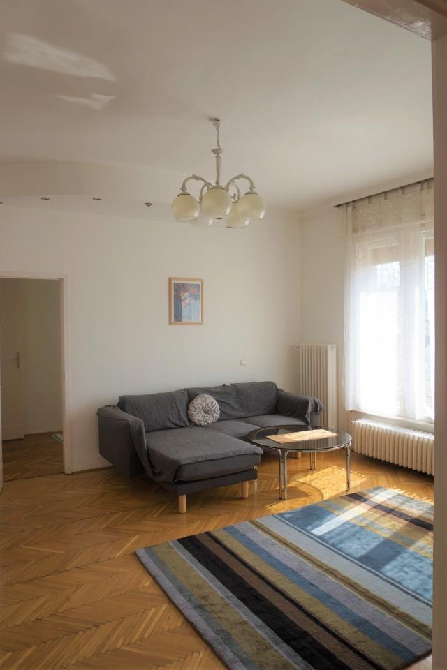 Kiadó Lakóingatlan, önálló iroda, önálló üdülő, 1054 05. Ker. Budapest, Tégla